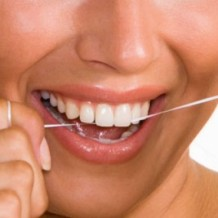 """Wondering """"How Do I floss Properly""""? Here's the Answer"""